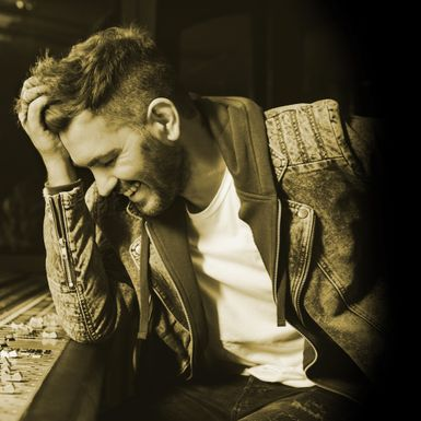OZY Guest curator: Andy Grammer